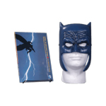 DC Comics - Batman: The Dark Knight Returns - Book & Mask Set